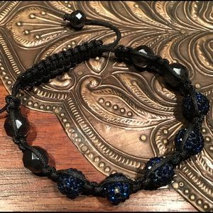 Jewelry - Macrame blue beaded bracelet